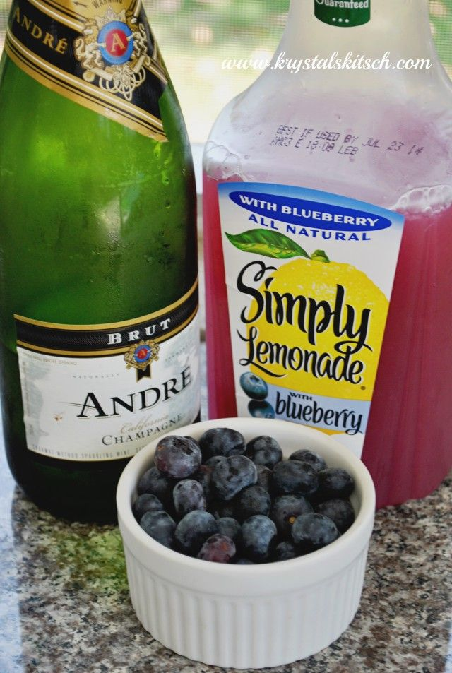 If you like mimosas, you'll love this spiked blueberry lemonade. A blueberry bubbly drink to remember!