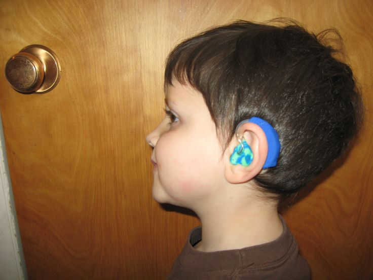 how to clean hearing aid ear pieces