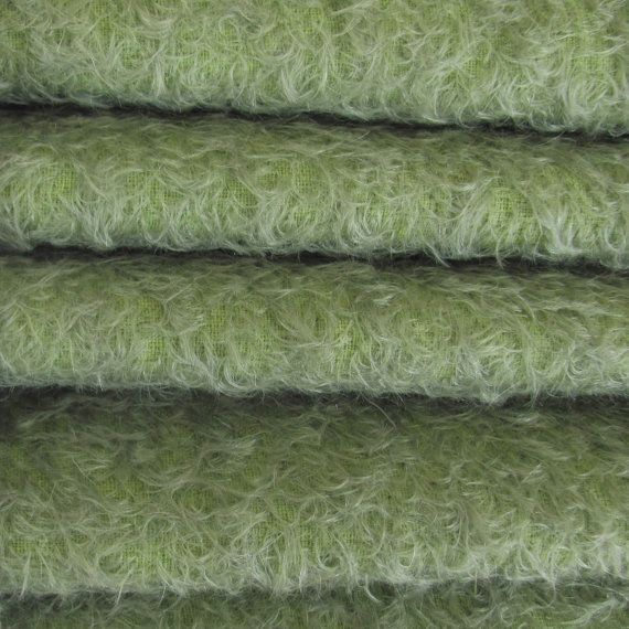 Quality 300S/CM - Mohair-1/3 yard in Intercal's (US) Color 998S-Antique Sage. A German Mohair Fur Fabric for Teddy Bear Making  858 Kč