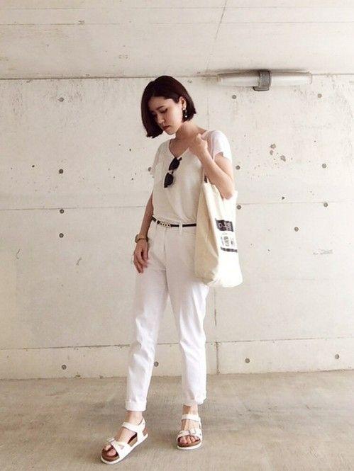 大人お洒落になれる♡正しい白パンツの選び方&コーデ - Locari(ロカリ)
