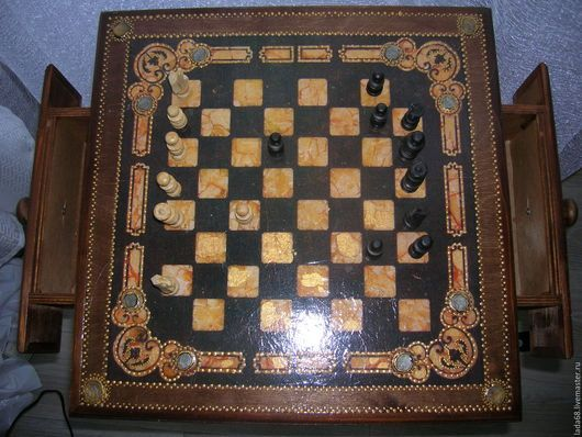 Мебель ручной работы. Шахматный столик