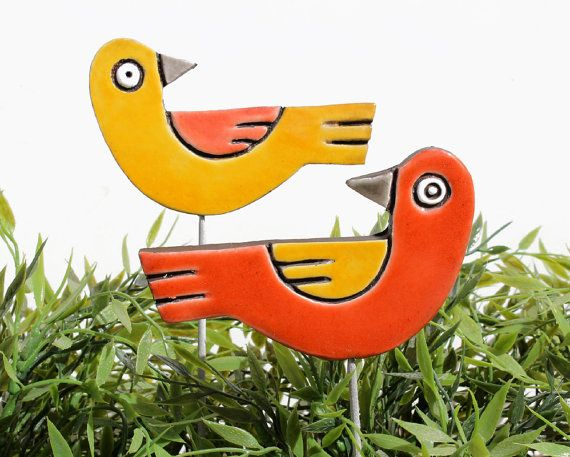 Bird garden art made from ceramic.    Our ceramic plant stakes are fantastic small garden ideas, they also make great gifts. These garden markers add a unique touch to any house and garden and look great in a plant pot or flower bed. Our ceramic garden art is handmade and hand painted making each one truly unique. Our garden art is mounted on a stainless steel rod and made using the highest quality earthenware and is frost resistant. These garden markers can also be used as grave…