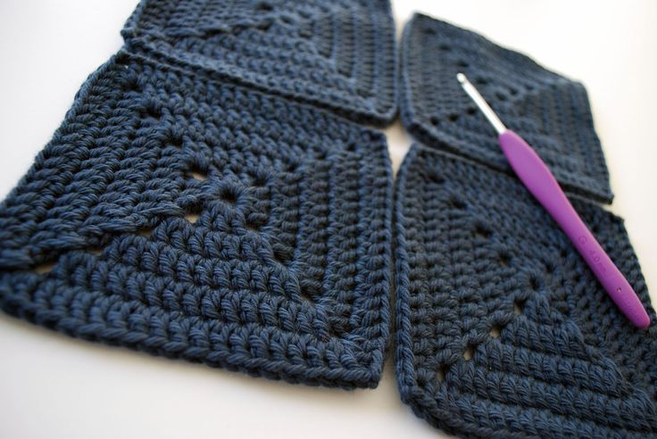 February Crochet-Along: Part 1 How to crochet a solid granny square -- excellent video for beginners