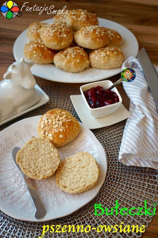 Bułeczki pszenno-owsiane http://fantazjesmaku.weebly.com/blog-kulinarny/buleczki-pszenno-owsiane