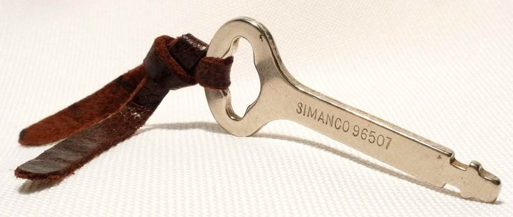 Authentic Vintage SINGER SIMANCO 96507 Bentwood Case Key Sewing Machine Cover by 3FTERS on Etsy