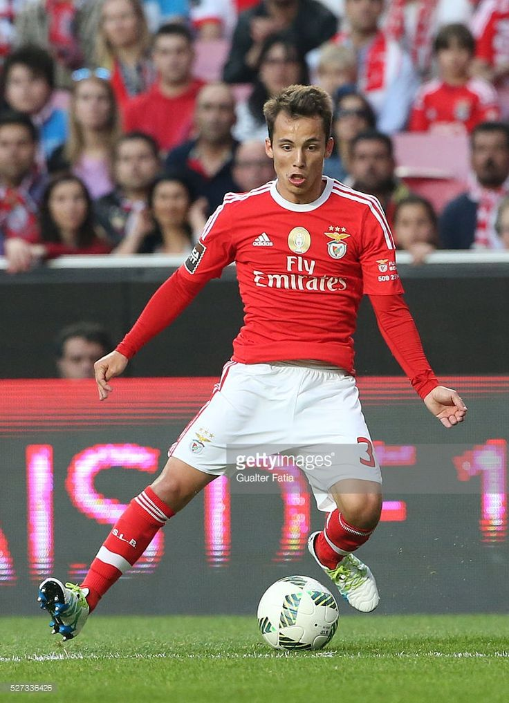 SL Benfica's defender from Spain Alex Grimaldo in action during the Taca CTT match between SL Benfica and SC Braga at Estadio da Luz on May 2, 2016 in Lisbon, Portugal.