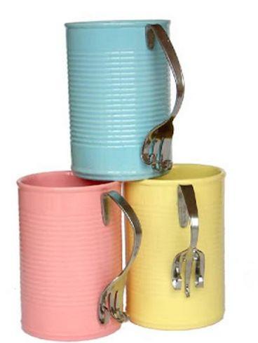Resistol No Más Clavos te ayudará a crear unas tazas tan originales como estas.