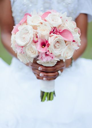 Pink & white bridal bouquet // Still-Life Media Photography // Planning: A Conceal Event