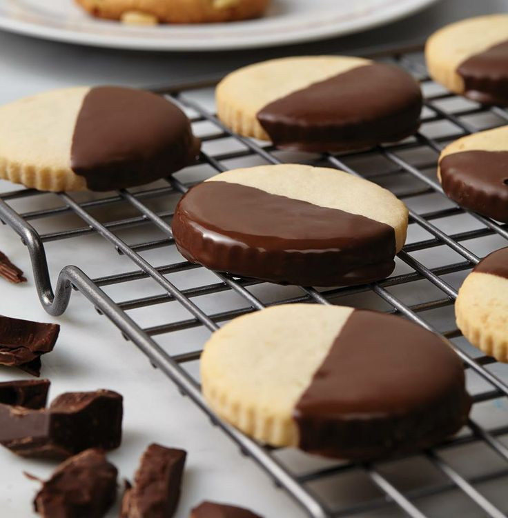 Cake Boss | Macadamia Shortbread Cookies | Cookies | Pinterest