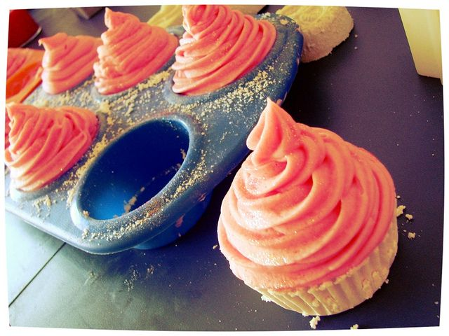 Cupcake Bath Bombs and Whipped Soap Topping how to.