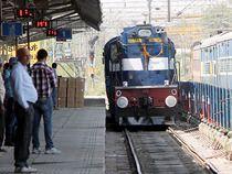 Ranchi Rajdhani Express derails in Delhi - Economic Times #757Live