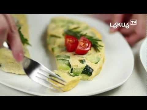 ▶ Lékué TV | Omelette | Recipe: Green pepper, onion and garlic omelette - YouTube