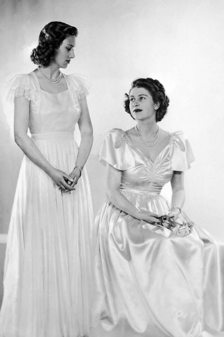 In Photos Queen Elizabeth Princess Margaret Before The