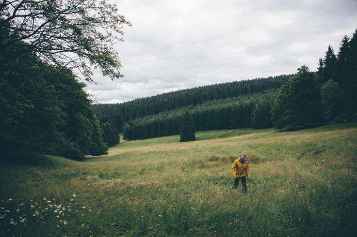 Die besten Tipps für deine Wanderung entlang des Lutherweges in Thüringen! Wusstest du, dass du für einen Fernwanderweg gar nicht einmal in die Ferne musst? Auch in Deutschland warten ein paar Fernwanderwege auf dich – besonders cool ist der Lutherweg in Thüringen! Auf den rund 1.000 Kilometern kannst du gleich mehrere Wochen wandern oder du erlebst ein Micro-Abenteuer und gehst nur einen Teilabschnitt des Weges. Wir… Posted on Off-The-Path     *********************************** Du willst…