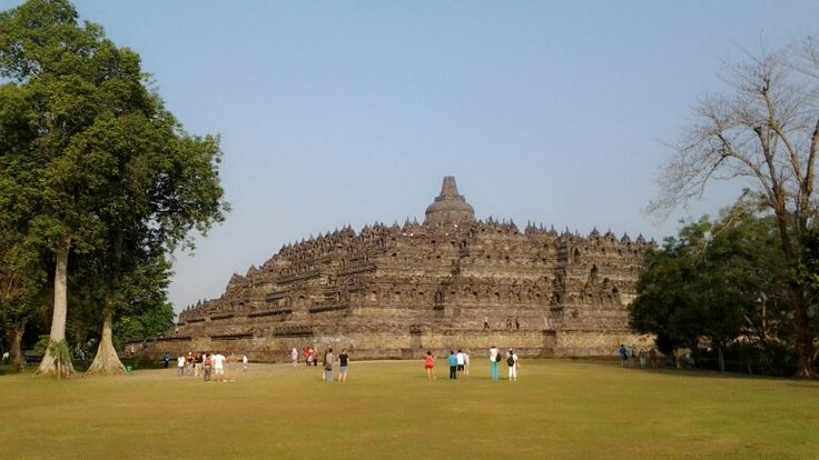 Borobudur Temple built in the 9th century during the reign of the Sailendra dynasty and listed as a UNESCO world heritage site.