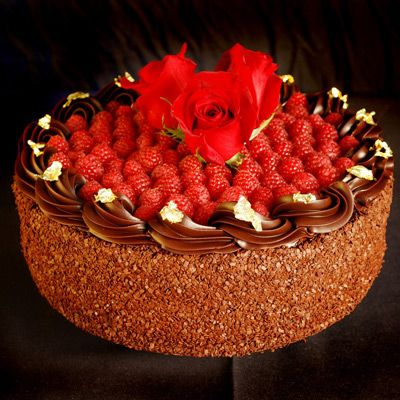 Extraordinary Desserts (in Little Italy   & Balboa Park in San Diego)  Truffe Framboise cake! Great for entertaining.