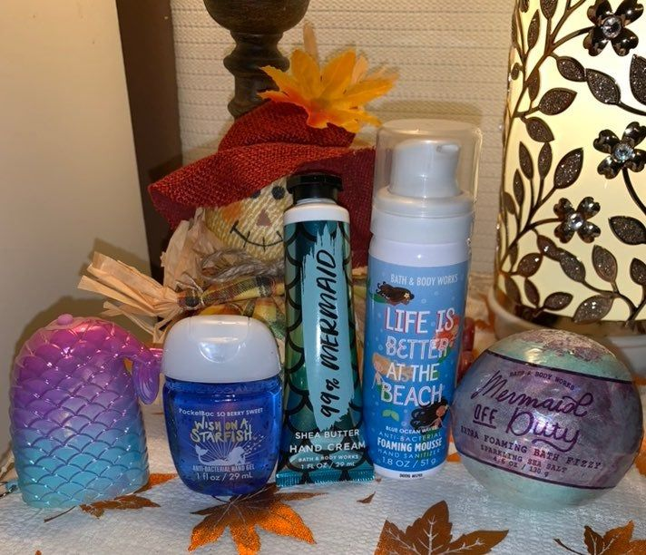 All New Bath And Body Works Light Up Mermaid Pocketbac Holder Wish