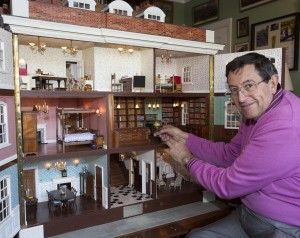 Photos: Dad spends 35 years building best doll house ever