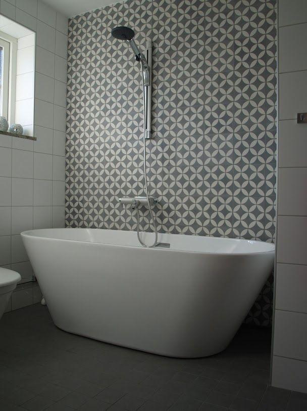 badrum med marockanskt kakel