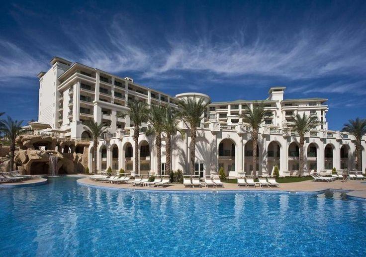 Travelzone.pl recommends / poleca ofertę: Hotel Stella Di Mare Beach & Spa, Egipt, Sharm el Sheikh https://www.travelzone.pl/hotele/egipt/sharm-el-sheikh/stella-di-mare  see more on / więcej na: https://www.travelzone.pl/blog/590/last-minute-hotel-stella-di-mare-beach-spa-egipt-sharm-el-sheikh.html  Fascynuje atrialne lobby, dekorowane marmurem, z panoramicznymi windami. Szykowna architektura hotelu Stella Di Mare Beach & Spa, elegancko wypielęgnowane ogrodowe trawniki...