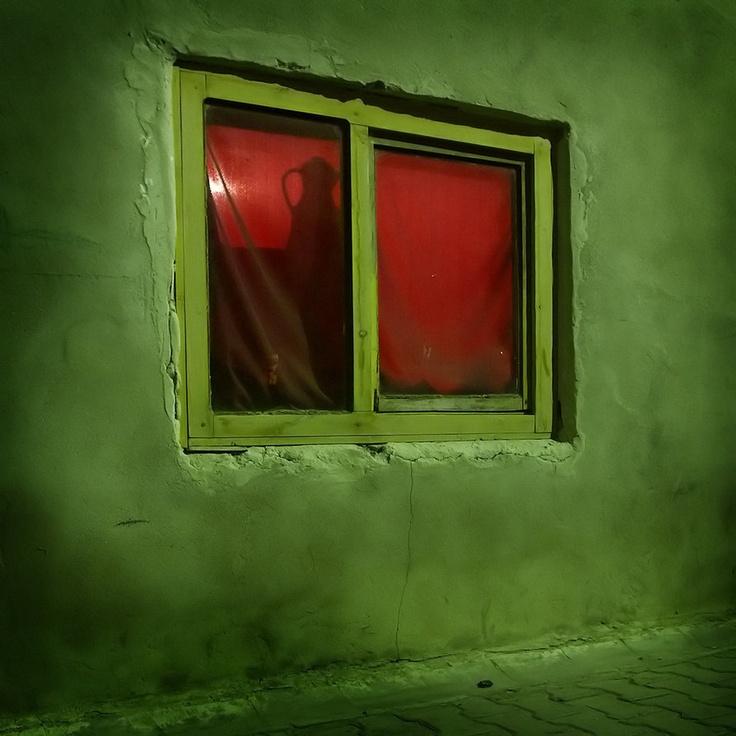 Redroom frame for an omen pinterest civilization for Feba fenster