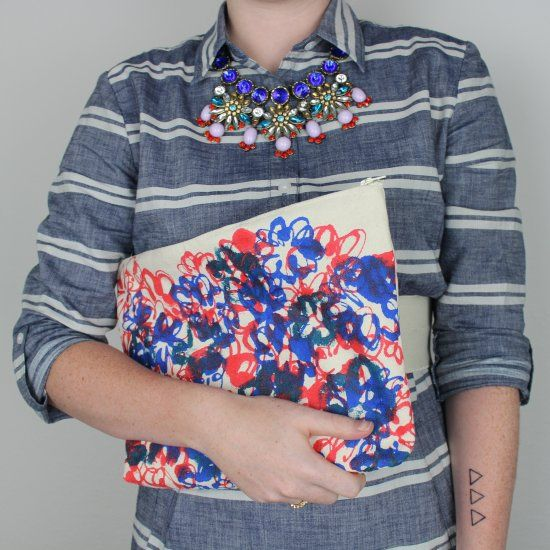 Add an amazing pop of color to your outfit with this amazing clutch DIY.