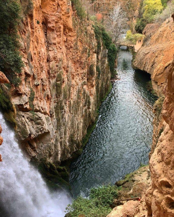 Parque Natural Del Monasterio De Piedra Mucha Montaña Monasterio De Piedra Parques Naturales España Parques Naturales