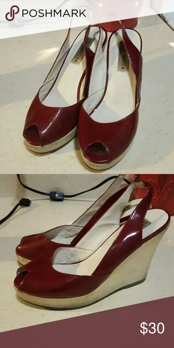 Steve madden cream and red wedge heels True to size Steve Madden Shoes Wedges