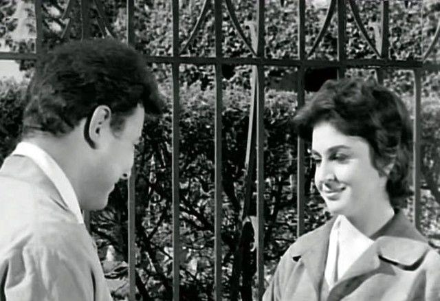 سلوى سعيد من سورية مع احمد رمزي في لقطة من فيلم عائلة زيزي 1963 Fashion Famous Chef Jackets