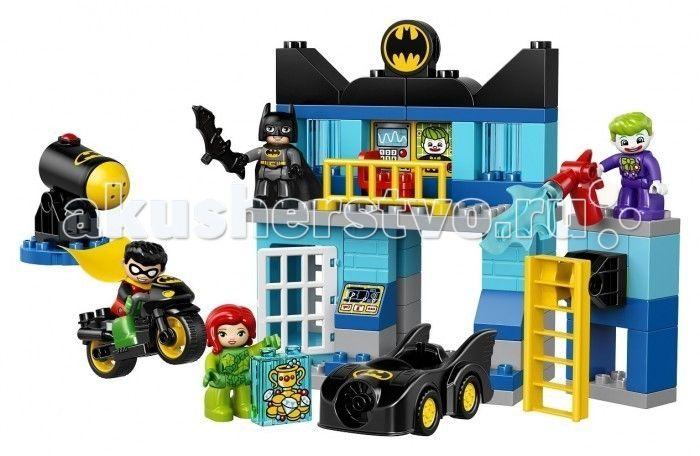"""Конструктор Lego Duplo Бэтпещера  Конструктор Lego Duplo Бэтпещера состоит из 73 деталей, 4 мини-фигурок персонажей и дополняющих аксессуаров.  Особенности: Малышу предлагается собрать логово Бэтмена - Бэтмопещеру. Это своеобразная штаб-квартира всемирно известного героя, где есть все для поимки и задержания злодеев: радар, тюрьма, пульт управления, хранилище сокровищ, поднимающаяся лестница. Такое многосложное сооружение попытались атаковать и проникнуть внутрь известные злодеи: """"клоун""""…"""