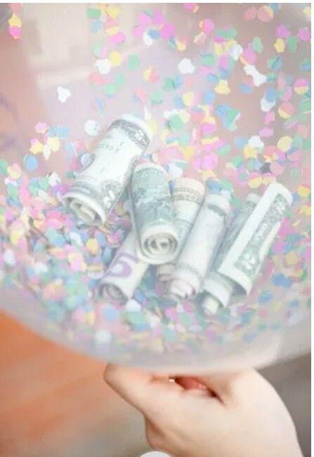 Feestelijk geld geven