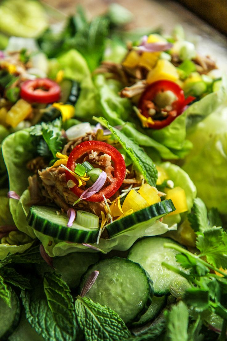 Slow Cooker Asian Lettuce Cups by @heatherchristo. Absolutely delightful!