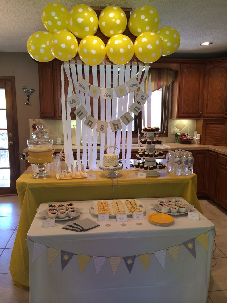 25+ best ideas about Yellow Birthday Parties on Pinterest  ~ 214418_Birthday Party Ideas Yellow