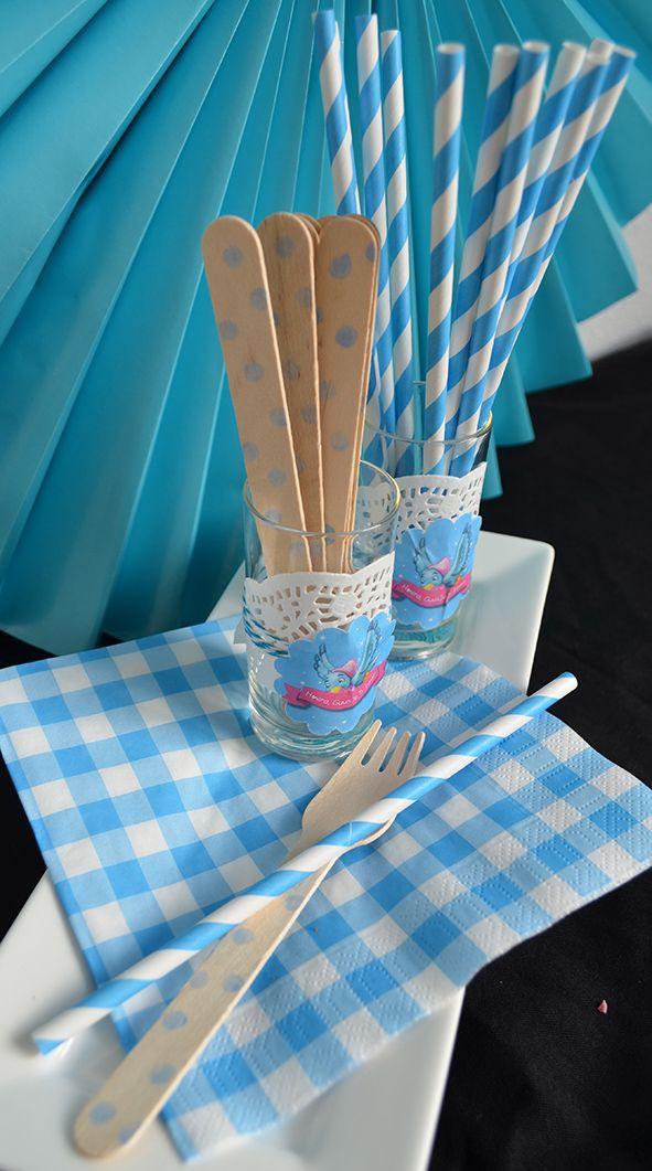 Rietjes en vorken tijdens een #Assepoester feestje. Maar ook leuk voor bij een #babyshower. Van Typisch Mies.