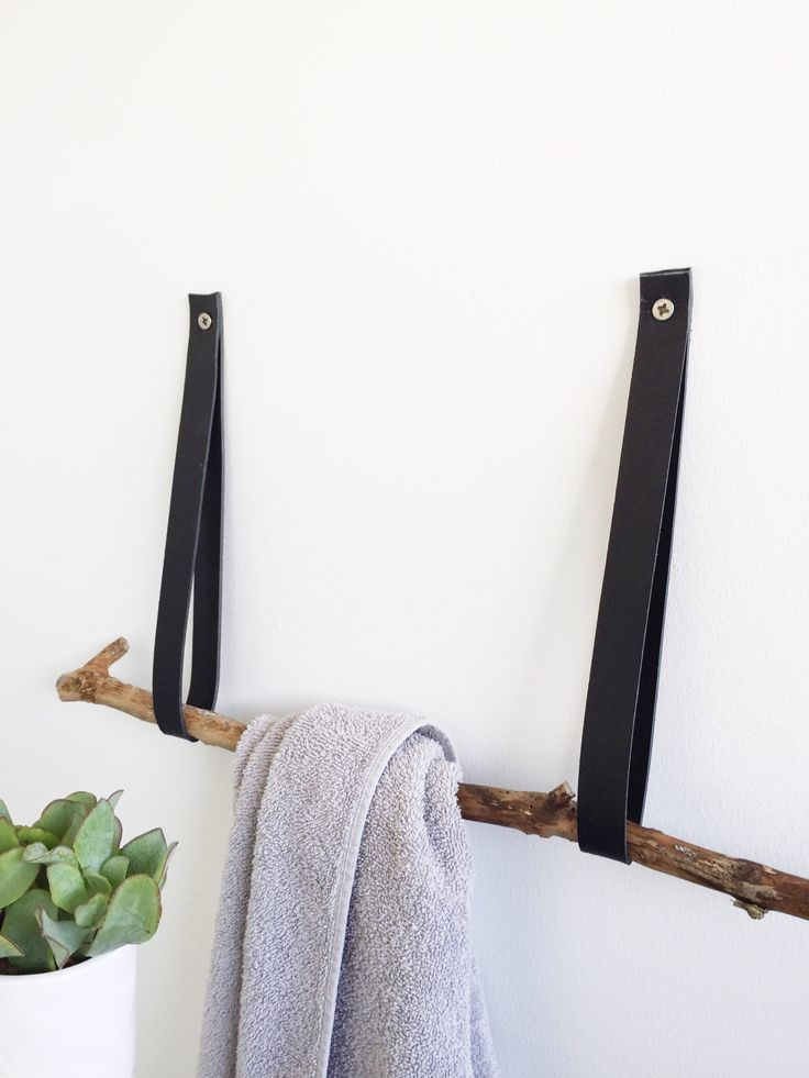 DIY - Towel rack by livingonabudget.dk