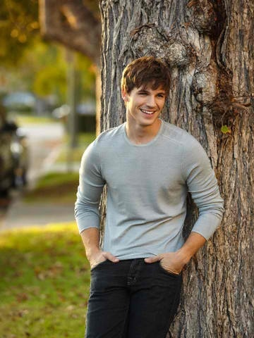 (Matt Lanter) Dean Holder, Hopeless & Losing Hope by Colleen Hoover: