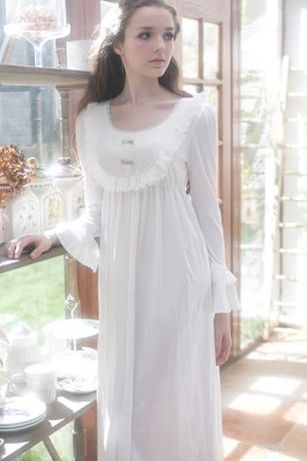 renaissance nightgown   Vintage White Cotton Long Nightgown