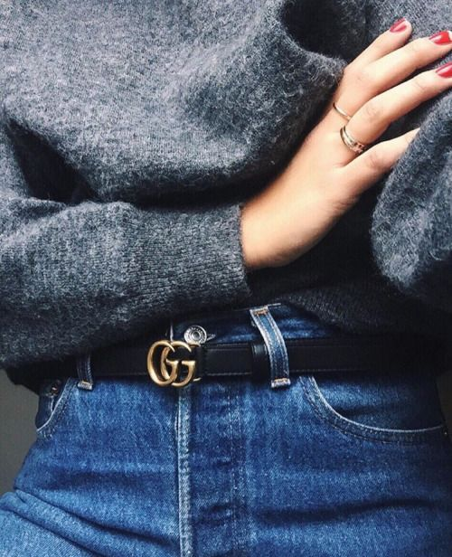 Gucci belt, high waisted jeans and grey oversized knit