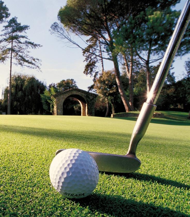 Golf à Cannes  www.cannes-destination.fr/sport-bien-etre-cannes/golf-cannes