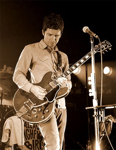 The legend and High Flying Bird, Noel Gallagher. #noelgallagher #highflyingbirds #legend