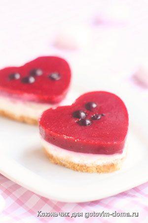 Творожные мини-чизкейки с белым шоколадом и ягодами