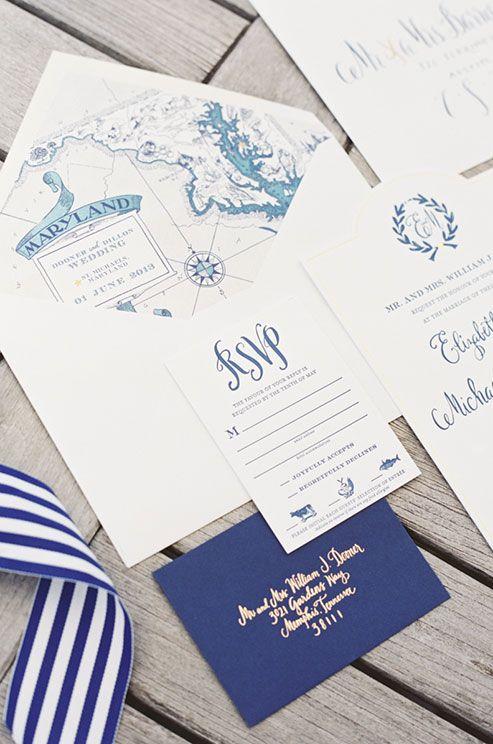 Nautische Einladungen mit einer Karte der Hochzeitslocation stimmen auf das Hochzeitsmotto ein