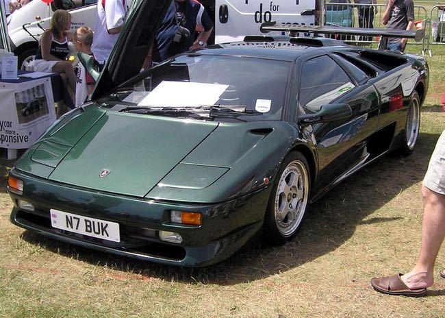 Lamborghini Diablo is listed (or ranked) 6 on the list Full List of Lamborghini Models