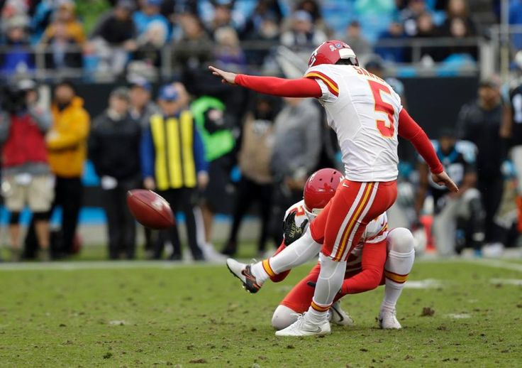 Chiefs Panthers Football Cairo Santos, James Winchester