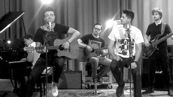 """https://polyprisma.de/wp-content/uploads/2017/02/maxresdefault-1.jpg SDP mit neuer Single und Video https://polyprisma.de/2017/sdp-mit-neuer-single-und-video/   Seit 20 Jahren beste Freunde, vor 10 Jahren als erste deutsche Band auf YouTube, heute die bekannteste unbekannte Band der Welt. Jetzt melden sich SDP mit der ersten Single """"So schön kaputt"""" aus ihrem neuen Album """"Die bunte Seite der Macht"""" zurück. Man sollte meinen, wenn man bereits mit den..."""