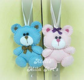 Un orsetto in pannolenci carinissimo da fare per la cameretta dei bambini, come portachiavi o perfetto per un fiocco di nascita.  L'autrice è Mila.  Il Cartamodello e il V...