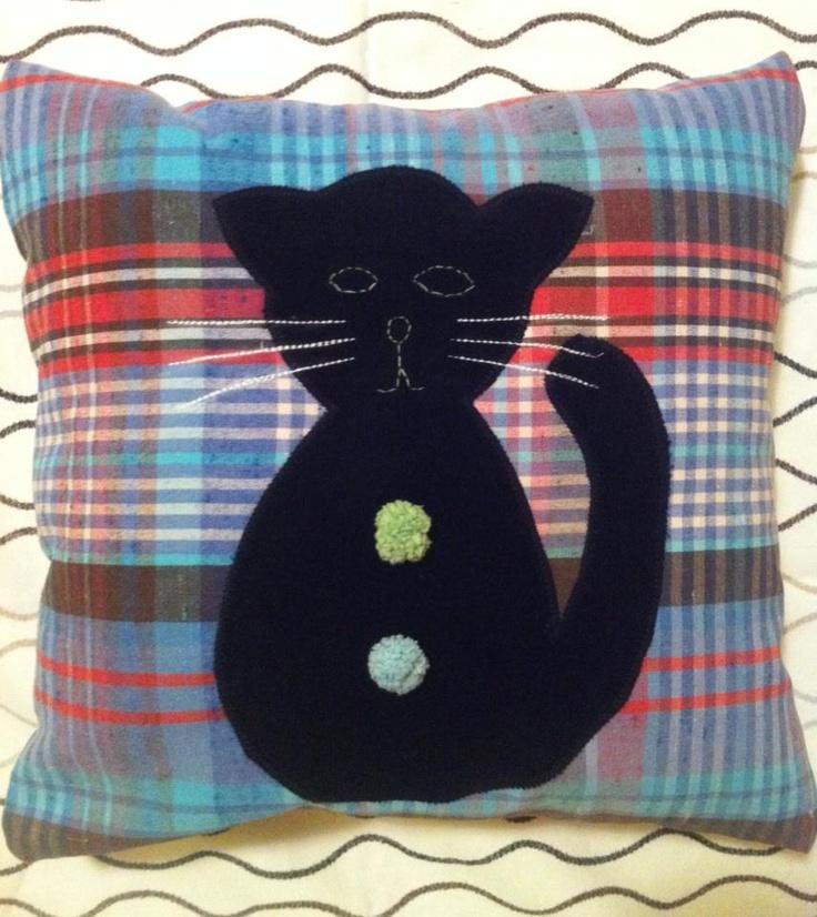 Happy Pillow- Velvet cat- handmade pillow  35x35 cm  Order at: happy_pillows@yahoo.com