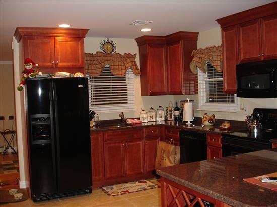 Kitchen Designs With Black Appliances