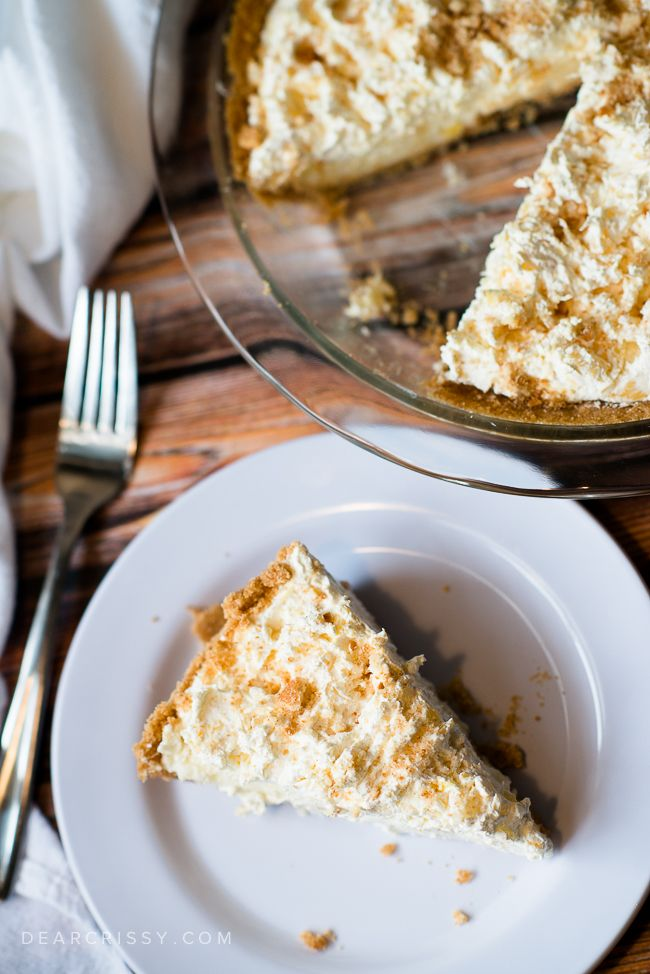 ... vanilla wafer crust? You do not want to miss this heavenly pie recipe