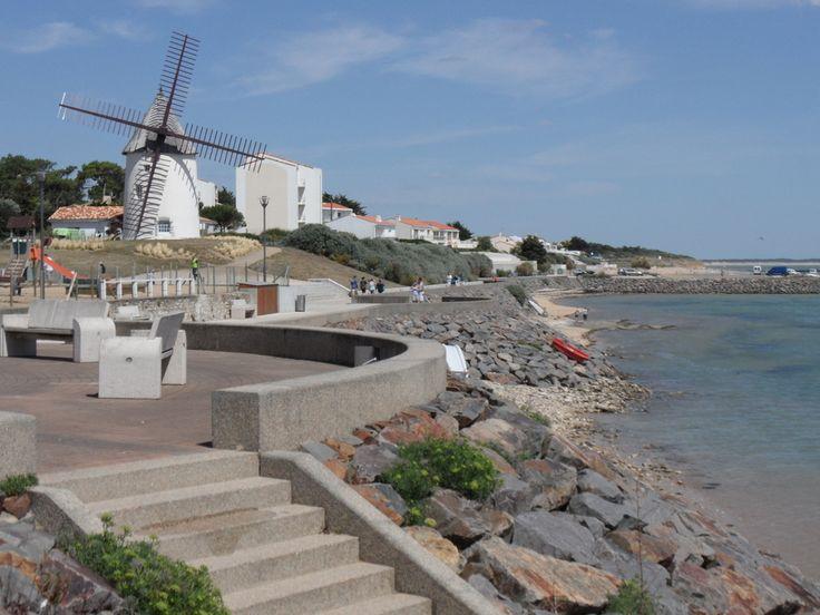 Le moulin et le port de Jard sur Mer en Vendée